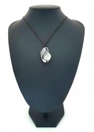 Colar de Pedra Cristal Macramê
